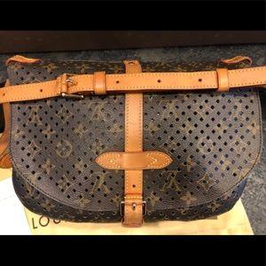**LIMITED EDITION** Louis Vuitton Flore Saumur Bag